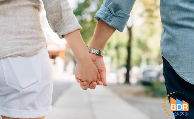 2016年第4季度中国互联网婚恋交友市场研究报告