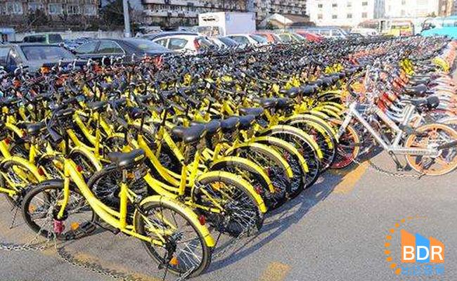 共享单车规模爆发式增长 政府出新规规范市场